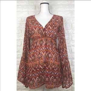 Arden B Bell Sleeve Tunic Size M